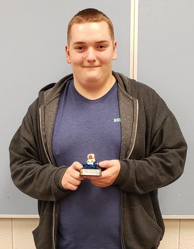Blade Hoffman (11) wins Mario Kart 8 Tournament